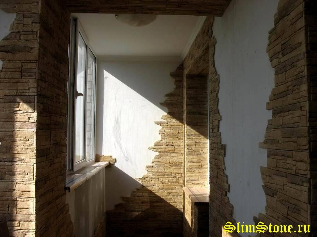 Комбинированные балконы мдф панели с декоративным камнем..