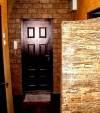 искусственные камни в коридоре